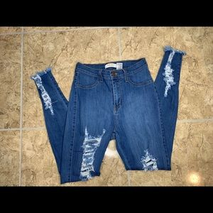 Highwaisted distressed jeggings